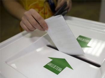 Парламентские выборы в России состоятся 4 декабря 2011 года. Фото с vremyan.ru