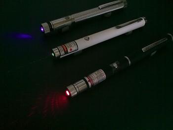 Можно ли лазерной указкой сбить самолёт. Фото: Википедия