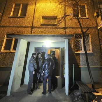 На месте гибели двоих детей и мужчины в подмосковной Балашихе. Фото РИА Новости