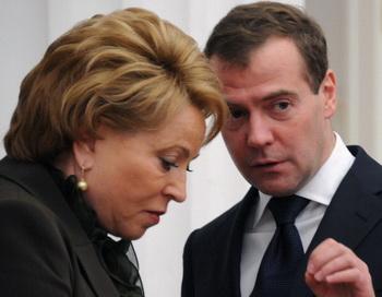 Матвиенко выиграла почти со 100%-ным результатом выборах в законодательное собрание. Фото: ALEXANDER NEMENOV/AFP/Getty Images