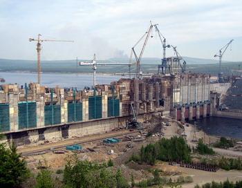 Богучанская ГЭС. Фото с сайта ru.wikipedia.org