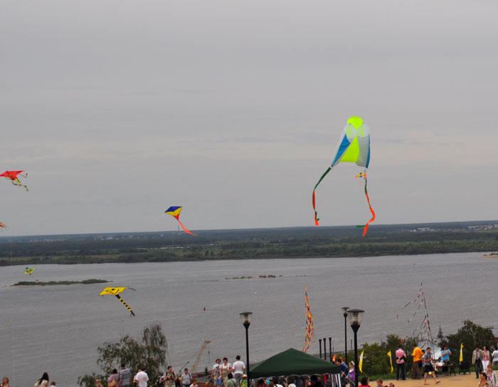 Запуск воздушных змеев, Нижний Новгород, 10 июня 2012. Фото: Юлия Карпова/Великая Эпоха (The Epoch Times)