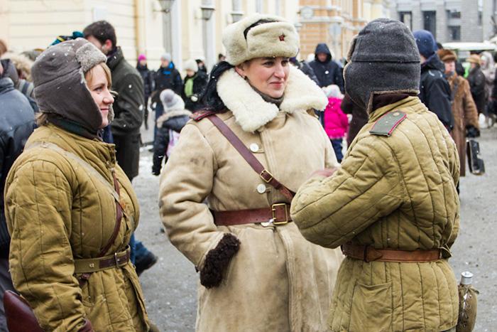 Экспозиция «Сохраните память о былом». Участницы экспозиции. Фото: Олег Луценко/Великая Эпоха (The Epoch Times)