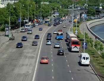 Российские дороги очистят от похоронной атрибутики. Фото: Юлия Цигун/Великая Эпоха (The Epoch Times)