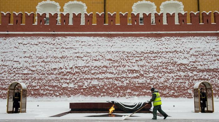 Могила Неизвестного Солдата, Москва. Фото: DMITRY SEREBRYAKOV/AFP/Getty Images