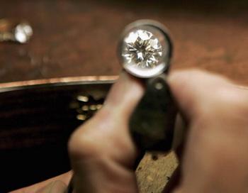 Компания Никиты Михалкова по обработке бриллиантов попала под следствие. Фото: Bruno Vincent/Getty Images