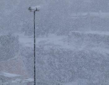 На Сахалине из-за метели отменили открытие ёлки и школьные занятия. Фото: Хава Тор/Великая Эпоха (The Epoch Times)