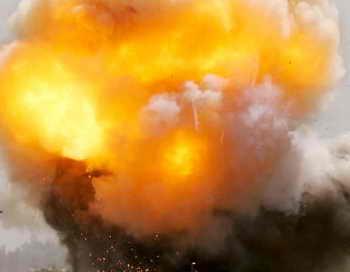 Взрыв боеприпасов на складе в Ливии: свыше 40 человек погибли. Фото: John Moore/Getty Images
