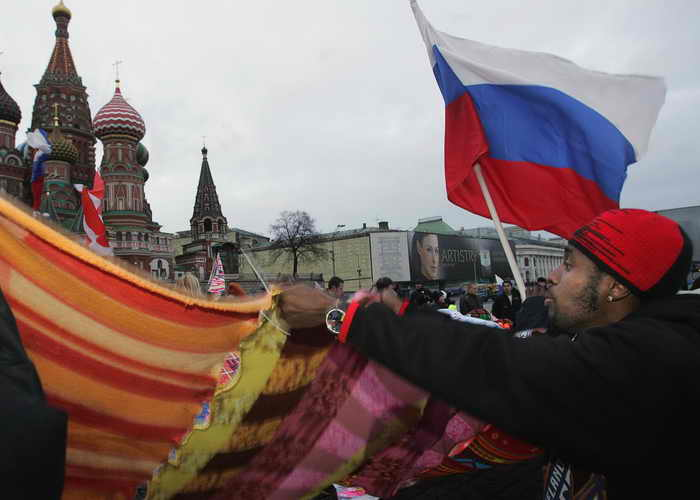 . Число студентов-иностранцев в России возрастёт до 15 тысяч человек. Фото: ALEXANDER NEMENOV/AFP/Getty Images