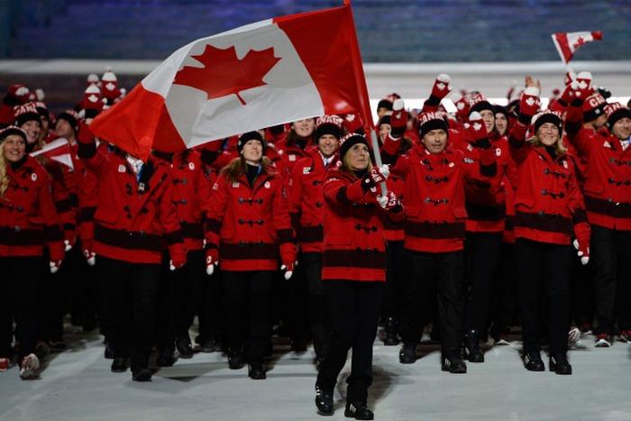 Шествие олимпийской сборной Канады на церемонии открытия Олимпиады «Сочи-2014». Фото:  Blayne Fisher/flickr.com