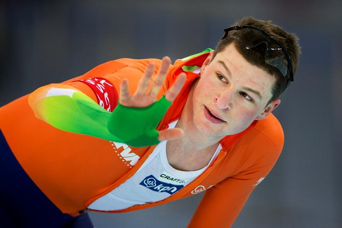 Победитель в дистанции на 5 000 метров голландский конькобежец Свен Крамер. Фото: Jasper Juinen/Getty Images