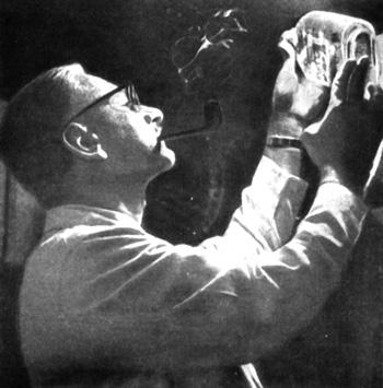Альберт Сэбин, открывший прививку против полиомиелита, осуществляемую через рот