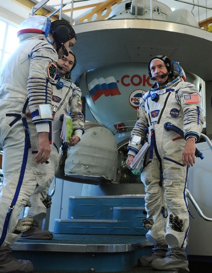 «Союз ТМА-18» готовится к  старту на МКС. Фото: ALEXANDER NEMENOV/AFP/Getty Images