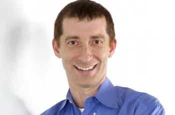 Соучредитель и технический директор RockMelt Тим Хоус. В новом браузере функции социальных сетей интегрированы непосредственно в его окне, делая их всегда доступными. Фото с сайта theepochtimes.com