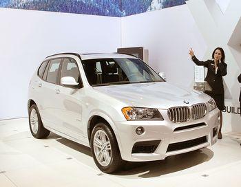 BMW Х3 максимальной комплектации будет отличаться и внешним видом от остальных: в дополнении - пакет X–Line и панорамная стеклянная крыша. Фото Scott Olson/Getty Images