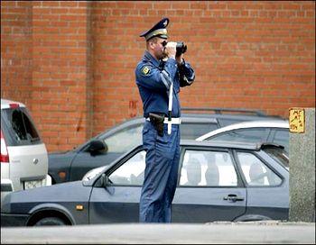 Происходящее на дорогах по мнению Владимира Путина заслуживает увеличение ответственности водителей - штрафов за нарушение ПДД. Фото с сайта kolyan.net