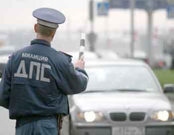 Александр Ильин, новый глава столичной ГИБДД, обратился к автомобилистам с предложением придумать обращение к дорожным полицейским, заметив, что обращение должно быть универсальным и уважительным. Фото с сайта ns.greenservis.ru