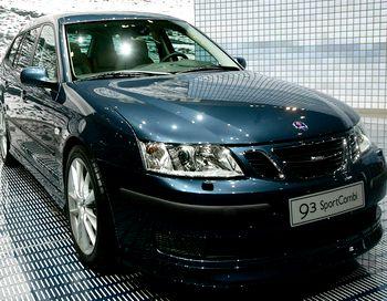 Рассматривается и возможность открытия в Китае в 2012 году производства нового поколения седана 9-3, а предметом экспорта в страну рассматриваются старшая модель 9-5 и кроссовер 9-4Х. Фото: Bruno Vincent/Getty Images