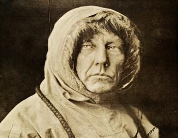 Открытие Южного полюса совершил Руаль Амундсен в 1911 году. Фото:ru.wikipedia.org