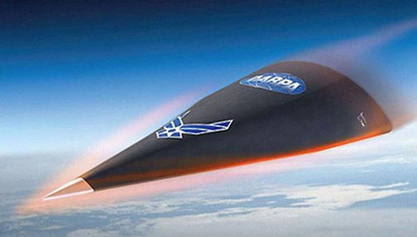 Военный самолет Falcon HTV-2 имеет форму наконечника копья. Фото: livejournal.com
