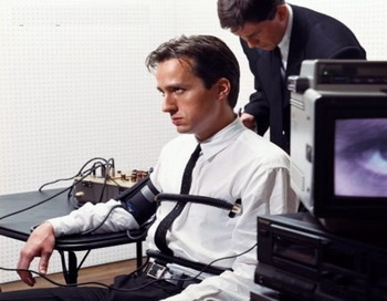 Детектор лжи - жизненная необходимость? Фото:tech-faq.com