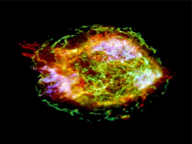 Сверхновая из Кассиопеи наизнанку... Фото: NASA