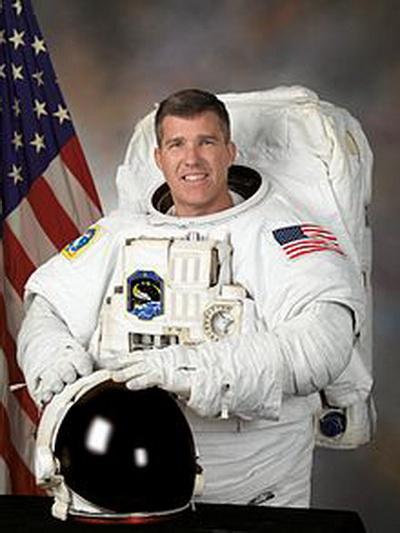 Фоторепортаж. Американский подводник и астронавт Стивен Боуэн. Фото взято с Wikipedia