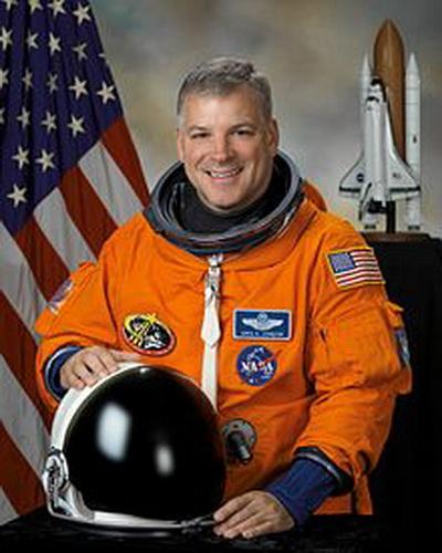 Грегори Джонсон - полковник ВВС США, пилот шаттла и американский астронавт. Фото взято с Wikipedia