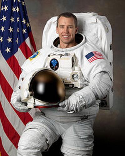 Эндрю Фьюстел - геофизик и астронавт НАСА. Фото взято с Wikipedia