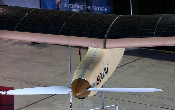 Швейцарский пилот Бертранд Пиккард объявил 28 марта  в калифорнийском Маунтин Вью о планах в мае пересечь США на самолёте Solar Impulse, при использовании исключительно энергии солнца, 28 марта  в калифорнийском Маунтин Вью. Фото: Justin Sullivan/Getty Images