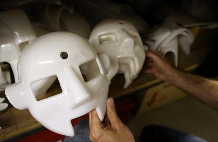 Заготовки голов для RoboThespiana на хранении в мастерской Engineered Arts в Пенрине, Великобритания. Фото: Matt Cardy/Getty Images
