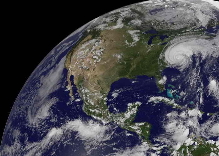 Экологическая ситуация продолжает усугубляться на Земле из-за технического прогресса. Фото: NASA via Getty Images