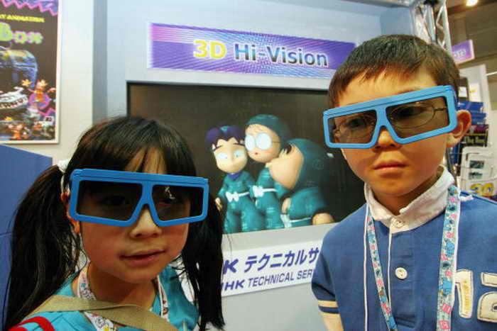 Структура мозга детей повреждается от длительного просмотра телепередач. Фото: Junko Kimura/Getty Images