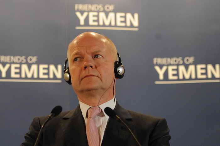 Министр иностранных дел Великобритании Уильям Хейг проводит пресс-конференцию. Фото: STEFAN ROUSSEAU/AFP/Getty Images