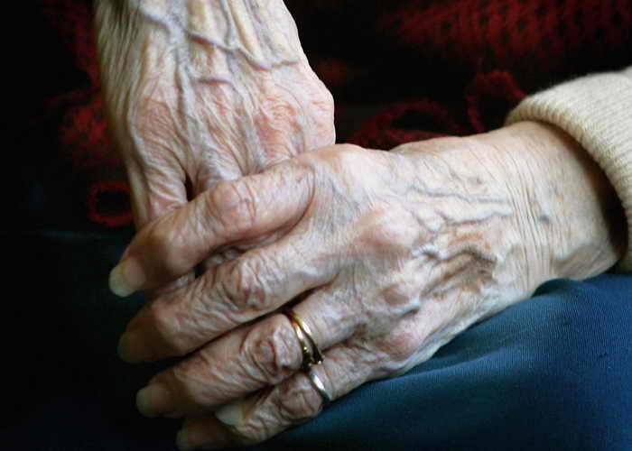 Учёные выяснили, как повернуть старение вспять. Фото: Daniel Berehulak/Getty Images