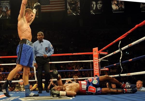 Пирог победил Джейкобса. Фоторепортаж. Фото: Mark RALSTON/AFP/Getty Images