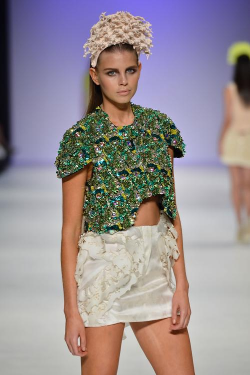 Платья и комплекты на лето  от Kaylene Milner на  Mercedes-Benz Fashion Week весна-лето 2012/13 в Австралии. Часть 2. Фоторепортаж. Фото: Stefan Gosatti/Getty Images