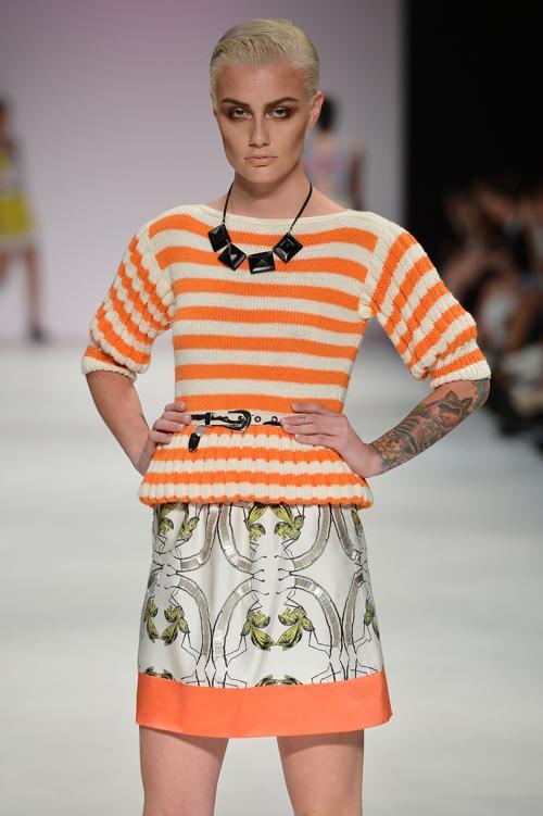 Платья и комплекты на лето  от Kaylene Milner на  Mercedes-Benz Fashion Week весна-лето 2012/13 в Австралии. Часть 1. Фоторепортаж. Фото: Stefan Gosatti/Getty Images