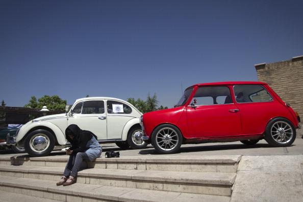 На заводе Volkswagen выпушен 10-миллионный автомобиль. Фоторепортаж об автомобилях седьмого поколения, выпускаемых компанией. Фото:  Spencer Platt/ INGO WAGNER/AFP/Getty Images