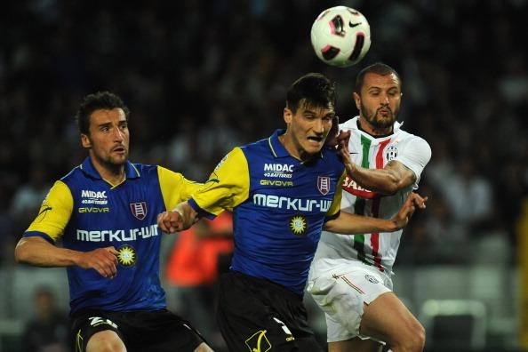 «Ювентус» и  «Кьево» сыграли в Турине вничью, 2:2. Фоторепортаж с матча. Фото: Valerio Pennicino/Getty Images