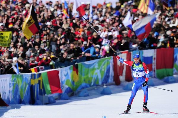 Успехами нашей сборной на Олимпиаде в Ванкувере интересуются более половины россиян. Биатлон. Евгений Устюгов в Ванкувере. Фото:   FRANCK FIFE/AFP/Getty Images