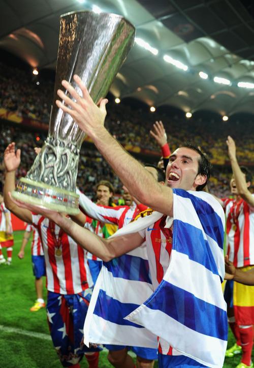 «Атлетико» — обладатель кубка Лиги Европы, празднует победу. Фоторепортаж со стадиона National Arena. Фото: Alex Grimm, Michael Regan, Scott Heavey/Getty Images