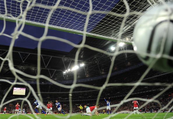 «Бирмингем» получает  Кубок английской лиги и путевку в Лигу Европы. Фото: Alex Livesey/Shaun Botterill/GLYN KIRK/ADRIAN DENNIS/AFP/Getty Images