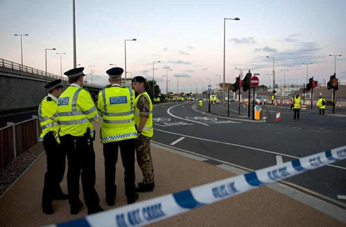 Олимпийский автобус в Лондоне насмерть сбил велосипедиста. Фоторепортаж с места происшествия. Фото: Daniel Berehulak/Getty Images