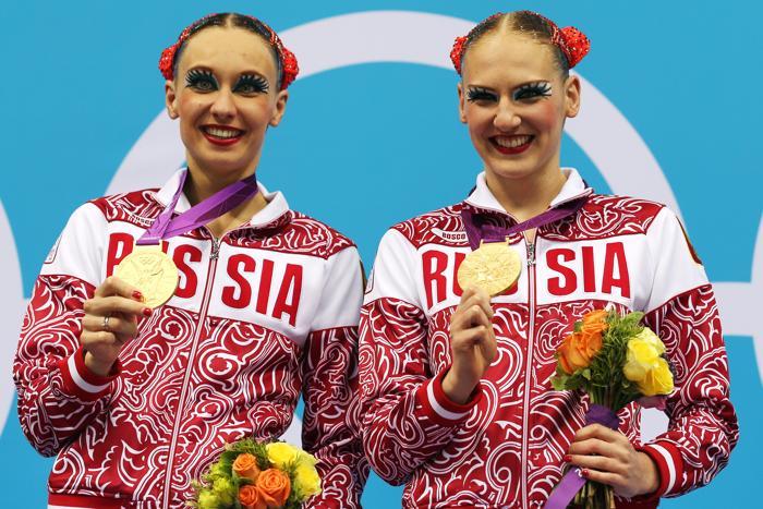 Наталья Ищенко и Светлана Ромашина завоевали олимпийское золото по синхронному плаванию в дуэте. Фоторепортаж. Фото: Clive Rose/Getty Images