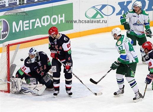 Хоккей. Матч СКА -  «Салават Юлаев» закончился победой хоккеистов из Уфы. Фото с сайта hcsalavat.ru