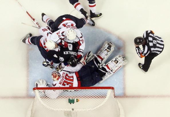 Фоторепортаж. «Вашингтон Капиталз» проиграл команде «Тампа-Бэй» третью игру  плей-офф.  Фото:  Bruce Bennett/Getty Images