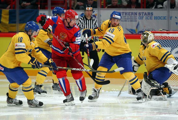Сборная России по хоккею разгромила команду Швеции со счётом 7:3. Фоторепортаж с матча. Фото: Martin Rose/Bongarts/Getty Images