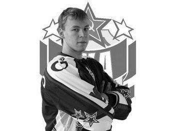 Игорь Мисько, российский хоккеист, внезапно умер за рулем. Фото с сайта hc-ska.ru