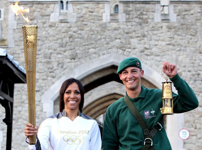 Олимпийский огонь прибыл в Лондон . Фото:  Jan Kruger/Getty Images
